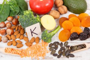 jedzenie zawierające witaminę k